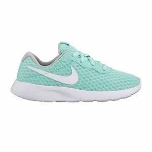 NIKE girls tanjun running shoes